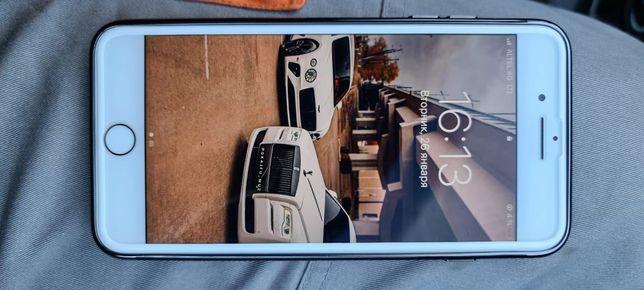 iPhone 7plus идяльный состаение