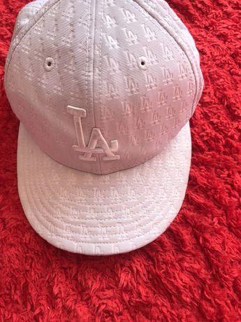 Оригинални шапки LA & Pull&Bear