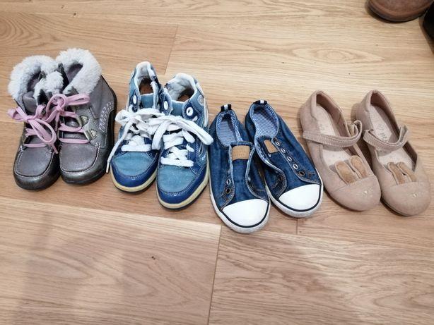 Set papuci nr 27.5/28