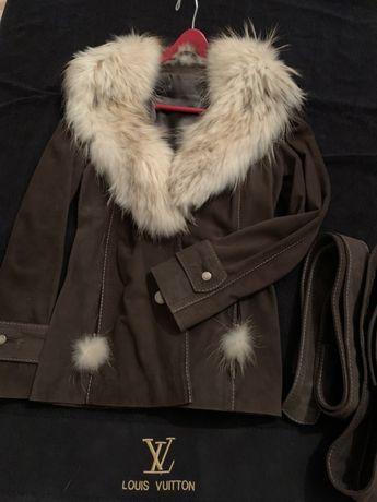 НОВО Палто с яка от сребърна лисица