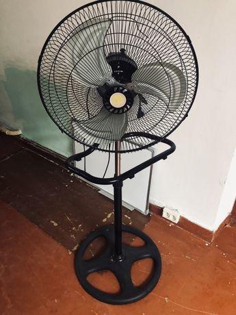 Вентилятор 3 в 1. Почти новый