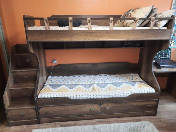 Двухярусная кровать + стол