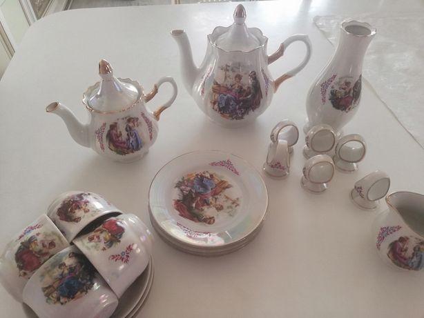"""Чайный сервиз """"Мадонна"""" в комплекте с кофейниками вазой, салфетницой"""
