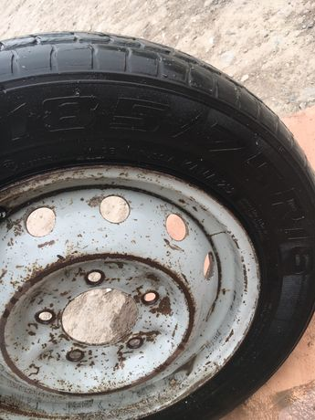 Продам колесо на Ниву