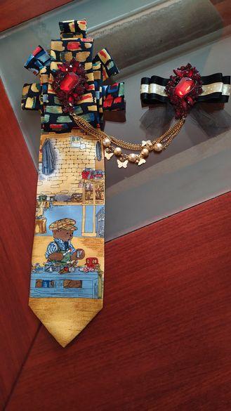 Уникална вратовръзка,бижу с брошка