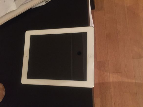 Таблет IPad Apple-16GB