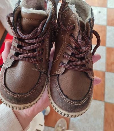 Ботиночки для мальчика осенние