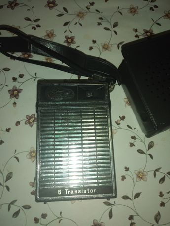 Radio vechi portabil ,de colecție, anii 60-70