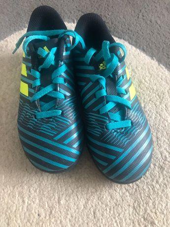 Футболни стоножки adidas номер 29/17,5см/