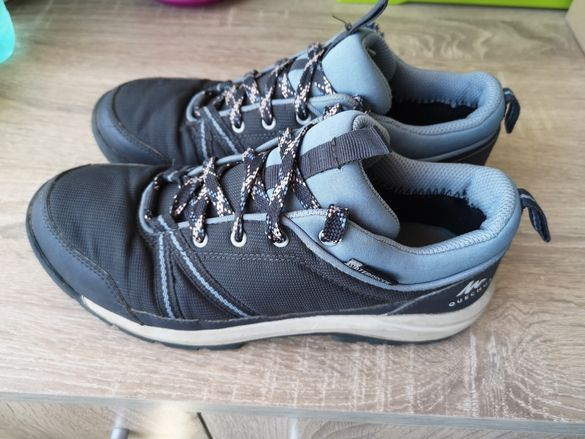 Туристически обувки р. 35