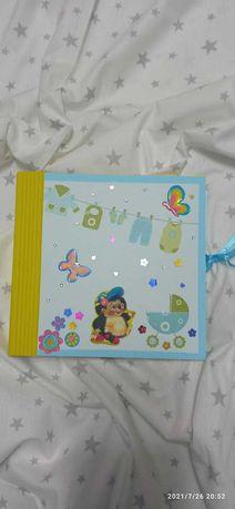 Ръчно иработени албумчета за новородени