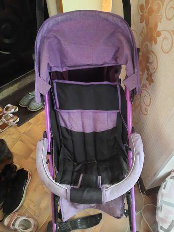 Продам коляску фиолетового цвета