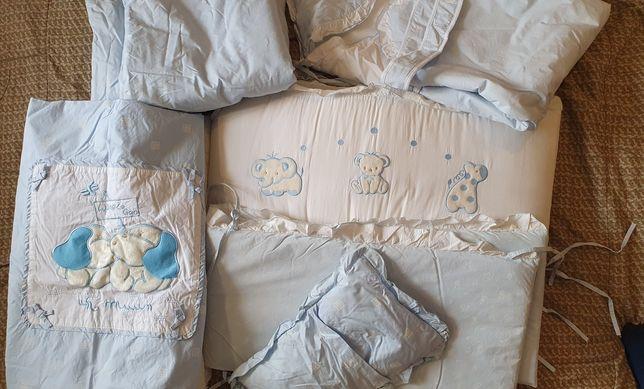 Набор в манеж ( бортики,одеяло,матрасик,подушка)