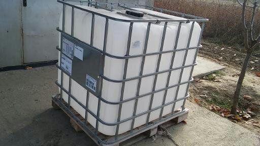 Отлични Бидони 1000 литра  - 1 кубик!