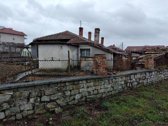 Къща в с.Черноград