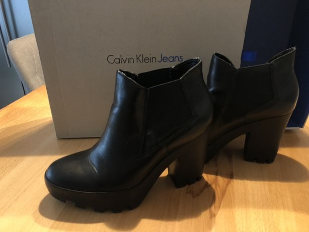 Ghete Calvin Klein