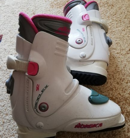 Скиорски обувки!