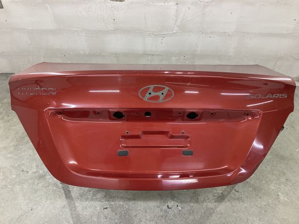 Крышка багажника соларис, акцент. Hyundai accent, solaris