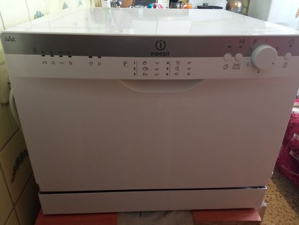 Посудомоечная машина Indesit
