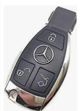 Cheie Mercedes programata pe masina dvs 700 lei