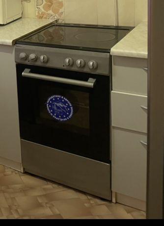 Продается плита с духовкой с керамическим покрытием