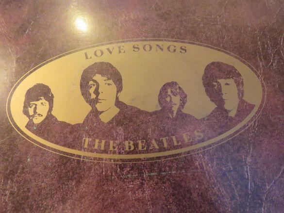 Пакет Две грамофонни плочи The Beatles - love songs .. издание 80 те