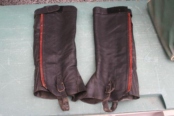 ЧАПСИ за езда от кожа, черни размер L