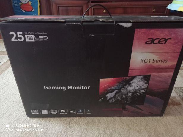 Продам игровой монитор спочно
