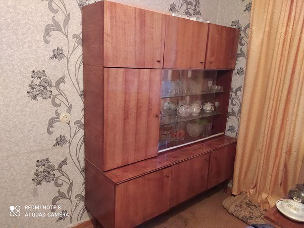 Продам сервант СССР