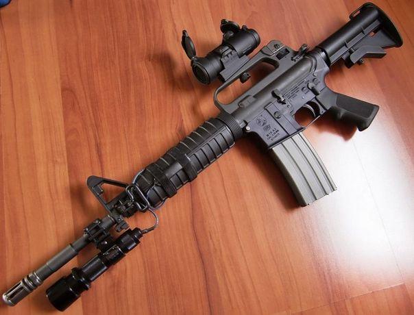 IEFTIN!! Pusca airsoft armare MANUALA model Colt M4 / M16 + MUNITIE