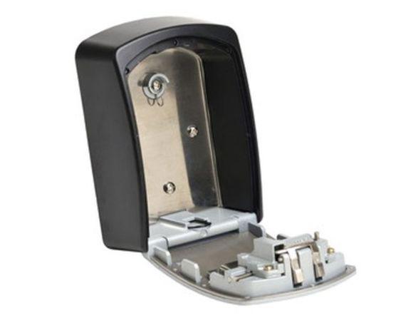 Seif chei Master Lock 5401EURD, cifru mecanic, 115 x 85 mm