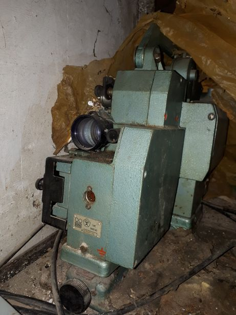 Кинопроектор старых времён риоритет