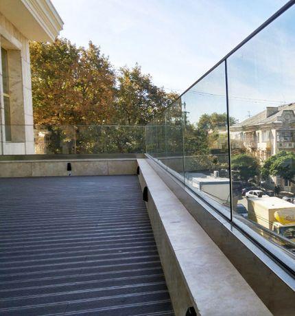 Balustrade de exterior din sticla securizata pentru terase si balcoane