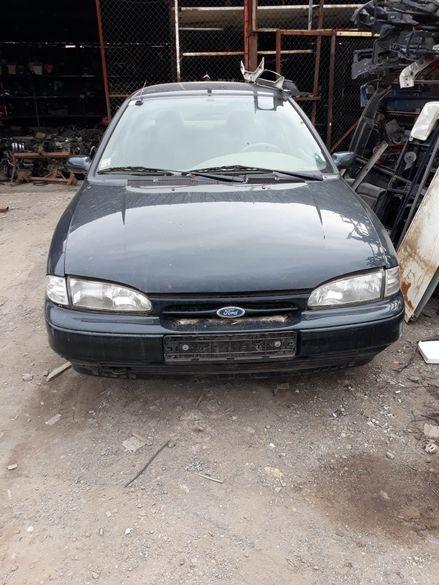 Форд Мондео 1.8 бензин 85 KW 97 г