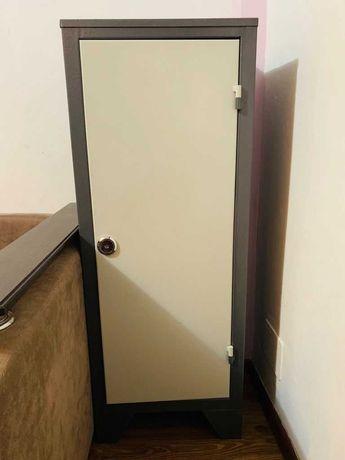 Продается металлический шкаф