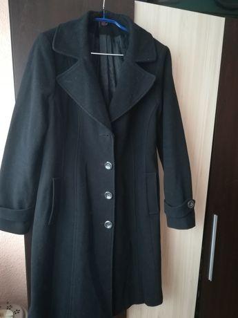 Дамско палто, прав модел