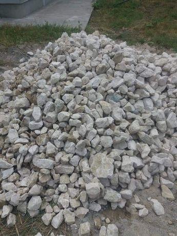 Piatra maldăr pentru garduri