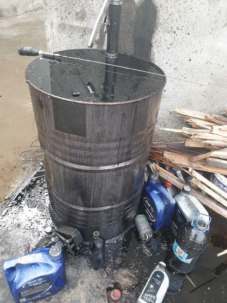 Vand ulei ars/folosit pret 2.50bani pe kg