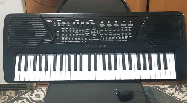 Синтезатор AVA-5428