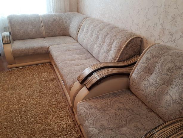 Магкий уголок +кресло!