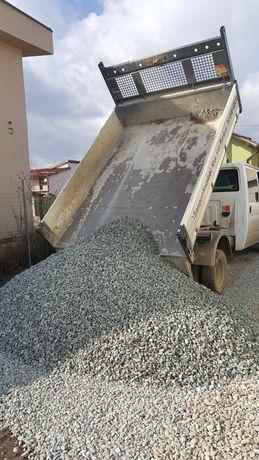 Piatra nisip sort pamant de gazon balastru pietris marfa materiale