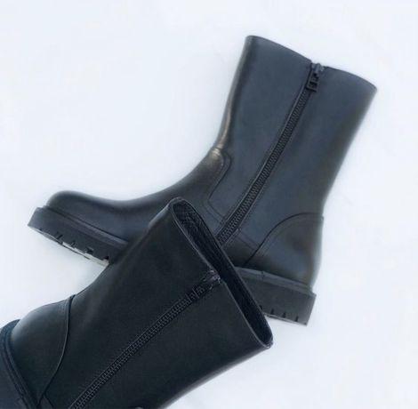 Натуральная кожа ботинка