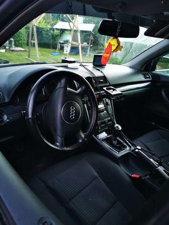 Audi A4 2002 1.6 benzină