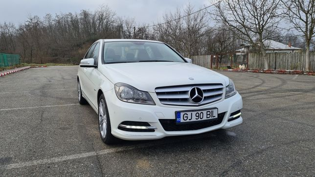 Mercedez Benz C 200