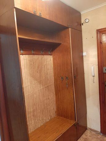 Шкаф - прихожая в хорошем состоянии