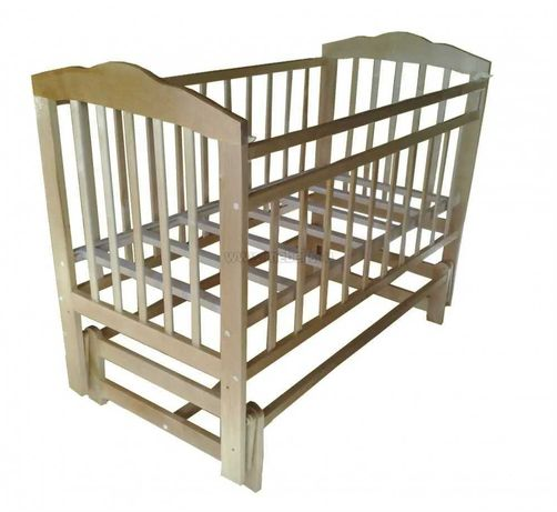 Маятниковая кровать-манеж