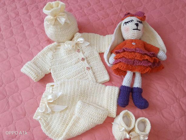 Вязанное набор одежды на выписку для новорождённых на заказ