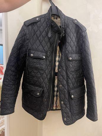 Куртка burberry, водолазки Canali и Cruciani