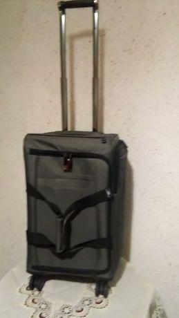 DELSEY куфар–чанта на 4 колела- USA.