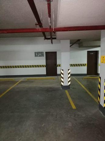 Сдам парковочное место EXPO городок (на долгосрочный срок)